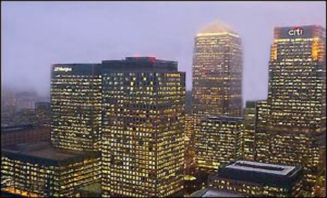 WallStreetOnParadeJPMorgans-European-Headquarters-at-25-Bank-Street-in-the-Canary-Wharf-Section-of-London